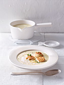 Sauerkraut cream soup with cream cheese and crunchy clam meat