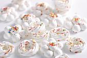 Delicate Christmas meringues