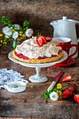 Strawberry coconut meringue pie