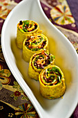 Vegan tahini rolls with vegetables