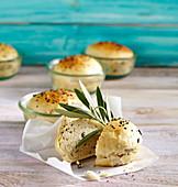 Kleine Olivenbrote zu Ostern, im Weckglas gebacken