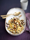 Linguine with clams and nuts