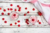 Mascarpone yoghurt with raspberries