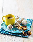 Lemon and cashew date balls