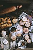 Shortbread Cookies mit Zimt und Puderzucker
