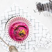 Rote-Bete-Honig-Nicecream im Glas