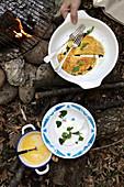 Omeletts mit Ricotta-Pfefferminz-Füllung