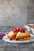 Victoria sponge with berry jam