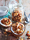 Grain-Free Coconut and Vanilla Muesli