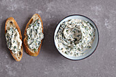 Italian spinach and nut paste