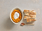 Spicy ginger pumpkin mousse with unleavened bread (Afghanistan)
