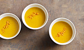 Kürbiscremesuppe mit Orange
