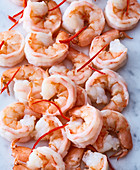 Pre-cooked king prawns with chilli stripes