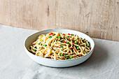 Spaghetti carbonara with vegetables
