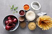 Zutaten für One-Pot-Gerichte (Aufsicht)
