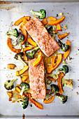 Oven-roasted salmon with pumpkin