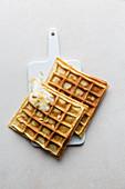 Sponge waffles with yoghurt