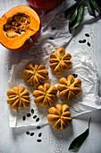 Vegan pumpkin buns
