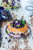 Quark cake with berry filling
