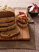 Coffee bread with crispy bacon and radicchio