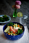 Bean salad with salmon, broccoli and lime cream