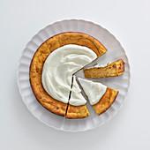 Eifreier Kürbiskuchen mit Nüssen und Ingwer