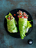 Lettuce wraps filled with tomato farce