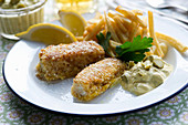 Cod fish fingers with chip and remoulade