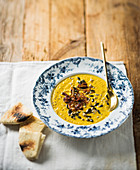 Spiced cauliflower soup with crispy onions