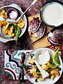 Frittierte Blumenkohlröschen mit Gorgonzola-Bechamel-Dip