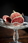 Freshly cut figs in a glass bowl
