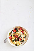 Pasta with spinach, beans, cherry tomatoes and Parmesan