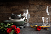 Bowls, glasses and cutlery for setting the perfect table