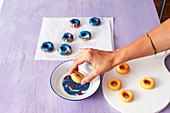 Galaxy mini donuts
