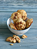 Toffee cookies with walnuts