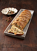 Almond bread with pistachios and hazelnuts