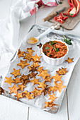 Sweet potato crisps with pepper salsa