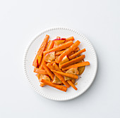Sweet and sour carrot and apple medley with cinnamon