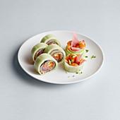 Sushi mit Lachs und Kaviar