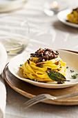 Nidi della duchessa (ribbon noodles with chicken liver ragout, Italy)