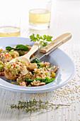 Jambalaya mit Quinoa, Tofu, Champignons und Gemüse