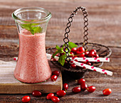 Cornelian cherry smoothie with apple and banana