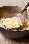 Riso noodles (kritharaki)