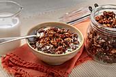 Keto muesli with nuts