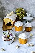 Marmorkuchen, kleine Hefekuchen und Schokoeier zu Ostern