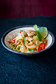 Asian Noodles with Prawns and Vegetable