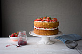 Victoria Sponge Cake with strawberries