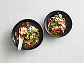 Oriental noodle soup with tofu and shiitake (low carb)