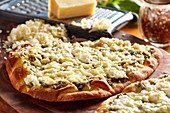 Pizza Bianca with pesto and goat's cheese