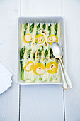Asparagus gratin with oranges